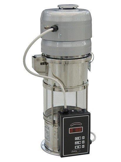 Alimentador de matéria prima para máquinas injetoras
