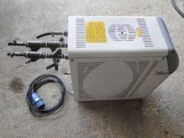 Manutenção corretiva em unidades de água gelada